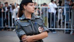 Глава Сбербанка предложил повысить полицейским денежное содержание в несколько раз